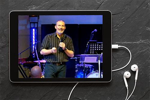 Pastor David Preaching